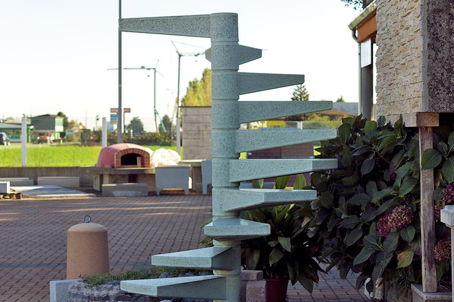 vendita scale prefabbricate novara, piemonte, campanini caminetti, scale cemento c.a. scale